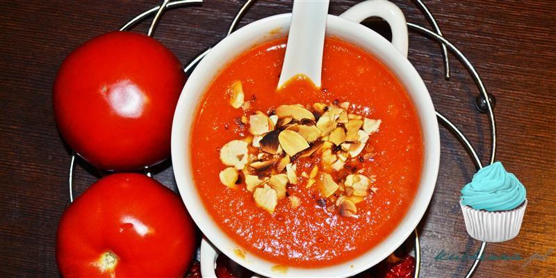 Zupa mocno pomidorowa