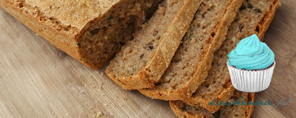 Chleb razowy (drożdżowy) z czarnymi oliwkami